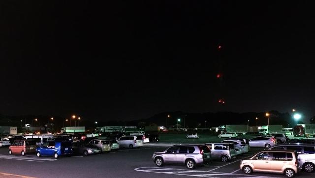夜のパーキング